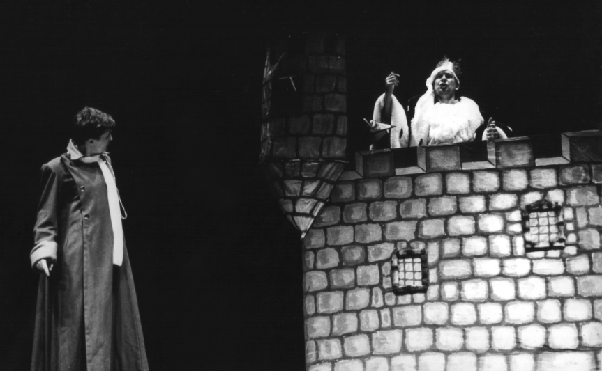 O Pequeno Príncipe (Heloísa Palaoro) e o Rei (Heitor Schmidt)