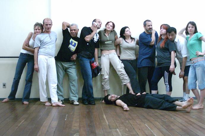 Teatro Uergs - 2004 - Componente Curricular: Improvisação - Prof. Carlos Mödinger