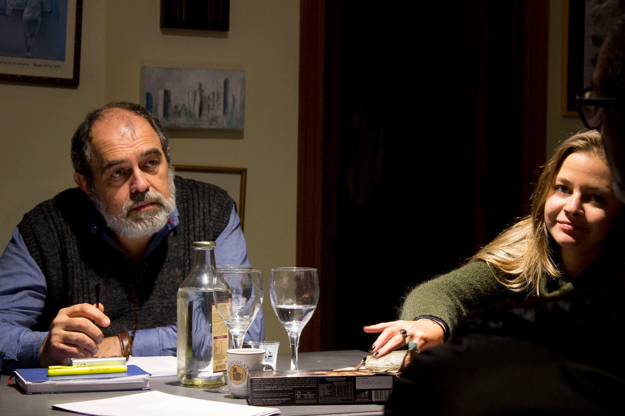 Leitura do texto - Luis Franke , Camila Vergara e Heitor Schmidt (Foto: Catharina Conte)